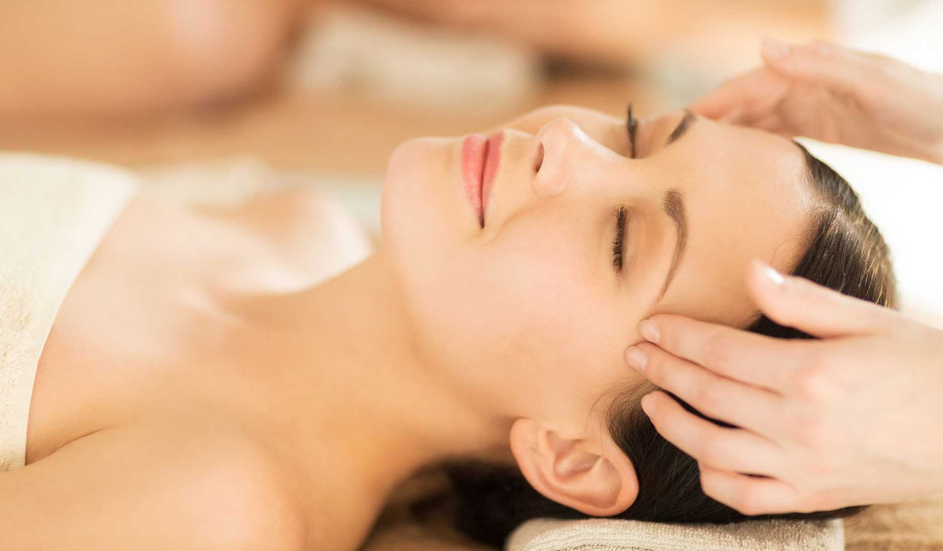 massage giúp giảm đau