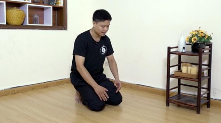Ngồi quỳ 2