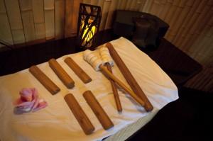 bamboo-sticks-stones-massage